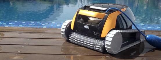 Los mejores robots limpiafondos de piscina de 2021: Guía comparativa